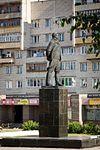 Памятник В.П.Чкалову (2012.07.01) - panoramio.jpg