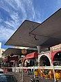 سوق شارع أكادير في الدار البيضاء.jpg