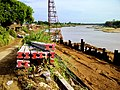 บริเวณริมแม่น้ำเจ้าพระยาหน้าวัด - panoramio.jpg