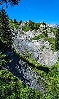 001 2009 09 06 Hoehlen Bergwerke und Dolinen.jpg