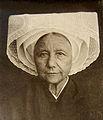 17, Ile d´Oléron Saint Pierre, Charente-Maritime, coiffure oléronnaise le ballon. 1915.jpg