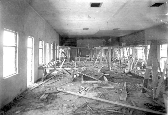 1927 בניית אולם ראינוע בעפולה' בבית פינגולד - iעפולהציוניi btm4584.jpeg