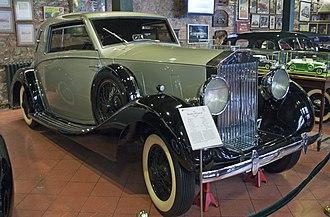 Rolls-Royce Wraith (1938) - 1938 Rolls-Royce Wraith with closed coupé bodywork by De Villars (The twelfth Wraith built)