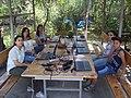 199 3097Գորիսի վիքիակումբի մասնակիցները վորքշոփ են անում Ակսել Բակունցի տուն թանգարանի այգում1.jpg