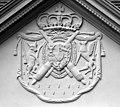 20030708200DR Hohenzieritz Schloß Wappen.jpg