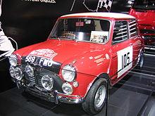 British Leyland Classic mini completamente montato su misura su misura moquette nero Finitura