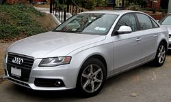2009 Audi A4.jpg