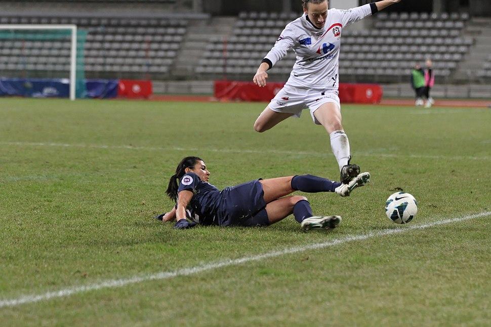 20121209 PSG-Juvisy - Kenza Dali 04