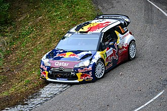 Thierry Neuville - Neuville driving a Citroën DS3 WRC at the 2012 Rallye de France.