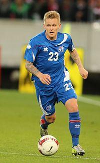 2014-05-30 Austria - Iceland football match, Ari Freyr Skúlason 0460.jpg