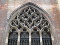 2016-Maastricht, St-Servaasbasiliek, Pandhof, noordelijke kloostergang, raam 4a.jpg