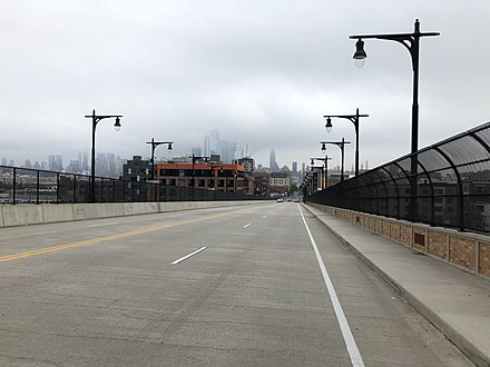 View east along the 14th Street Viaduct entering Hoboken 2018-09-12 13 38 24 View east along Hudson County Route 670 (14th Street Viaduct) between Hudson County Route 683 (South Wing Viaduct) and Willow Avenue in Hoboken, Hudson County, New Jersey.jpg