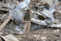 2020 Nagorno-Karabakh conflict - Azerbaijani soldier in rubble.png