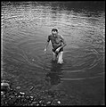 30.8.66. Le colonel Bigeard fait son footing quotidien à Lacroix-Falgarde (1966) - 53Fi5516.jpg