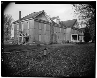 Chemawa Indian School - McBride Hall exterior, built in 1902, demolished in the 1970s