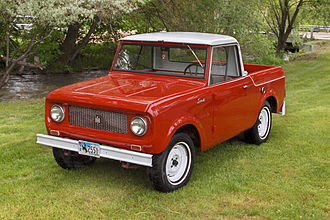 International Harvester Scout - Scout 80 pickup style with removable hard top