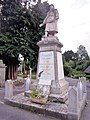 803 Saint-Caradec Monument aux morts.jpg