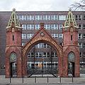 AEG Beamtentor Brunnenstraße, Berlin-Wedding, 160206, ako.jpg