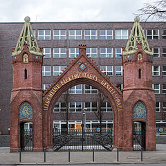 Brunnenstraße 111