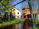 Fil:A water mill complex (149832306).jpg