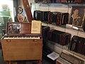 Accordeonmuseum De Muse - 19 bandoneons en het schipperklavier.jpg
