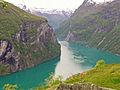 Adlerkehren Sicht a Geirangerfjord.jpg