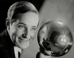 Aenne Biermann. Self-Portrait with Silver Ball. 1931.png