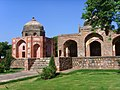 Afsarwala tomb, adjoining the Afsarwala mosque, near the Humayun's tomb.jpg