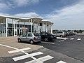 Aire de Maison Dieu, bâtiment et parking.jpg