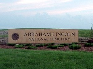 Abraham Lincoln National Cemetery - Image: Alnc sign