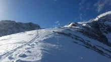 Datei:Alpspitze - Panoramaschwenk über die Aufstiegs- und Abfahrtsroute.webm