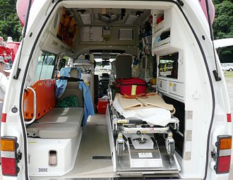 Health care system in Japan - Interior of standard ambulance