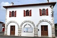 Amorots-Succos mairie.jpg