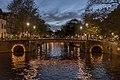 Amsterdam Canals (23585868718).jpg