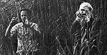 Andy Warhol und Ulli Lommel während der Dreharbeiten zu Cocaine Cowboys, 1979
