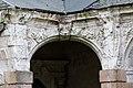 Angle sud-ouest du cloître de l'ancienne abbaye saint Melaine, Rennes, France.jpg