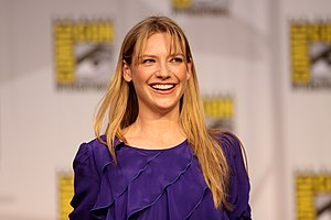English: Actress Anna Torv on the Fringe panel...