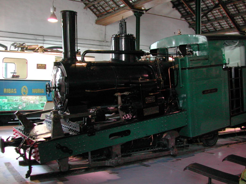 File:Antiga Locomotora de vapor.JPG