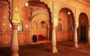 288px-Anup_Mahal%2C_Junagarh_Fort%2C_Bikaner
