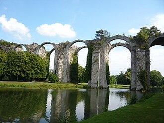 Château de Maintenon - The aqueduct