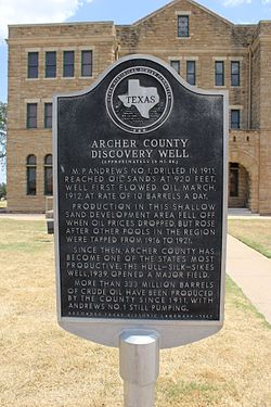 Archer county discovery well, archer city, texas historical marker (8406448916)