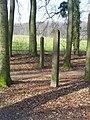 Arnhem-mariendaal-twee-grenspalen.JPG