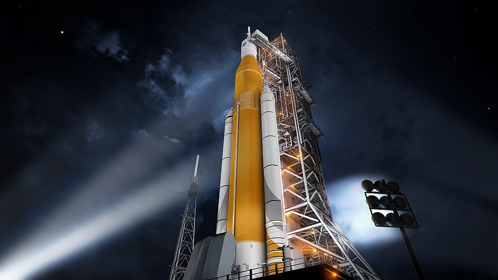 Artist concept of the SLS Block 1 configuration.jpg