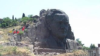 Atatürk's cult of personality - Large sculpture of Atatürk in Izmir.