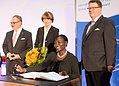Auma Obama erhält in Köln den Internationalen TÜV Rheinland Global Compact Award -6535.jpg