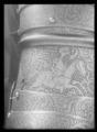Axelstycke - armskenor med buckla, vänster - Livrustkammaren - 36204.tif