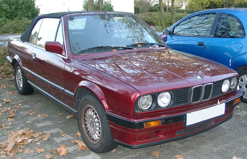BMW (official topic) 800px-BMW_E30_Cabrio_front_20071016