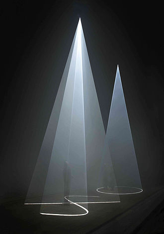 """Anthony McCall - Anthony McCall. """"Between You and I"""" (2006). Installation view, Peer/The Round Chapel, London, 2006. Photograph by Hugo Glendinning."""