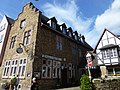 Bad Münstereifel – das ehemalige Burghaus wurde 1525 erbaut - panoramio.jpg