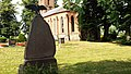 Banzkow Mirow Friedhof Kriegerdenkmal.jpg